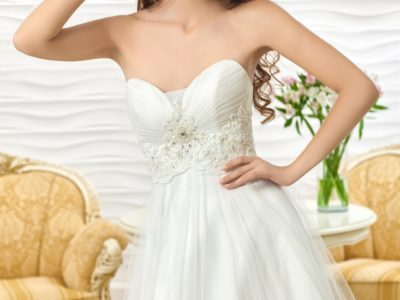 "Wedding Dress ""Delara"" by Oksana Mukha R 9 555 45 % OFF – (Before Price: R 17 372)"