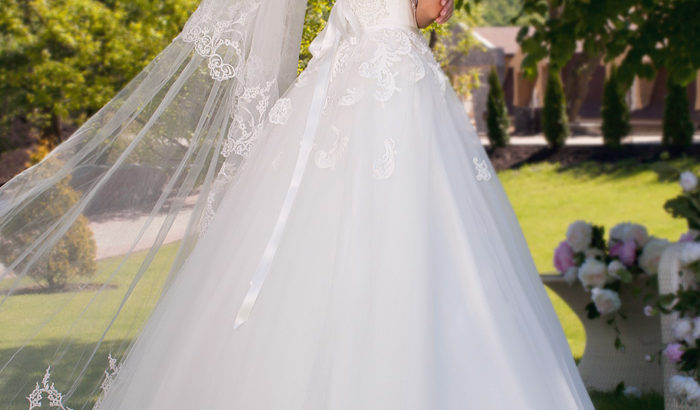 "Wedding Dress ""Evangelina"" by Oksana Mukha R 11 550 45 % Off – (Before Price: R 20 999 )"