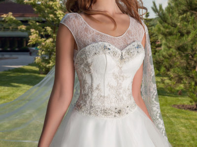 "Wedding Dress ""Laima "" by Oksana Mukha R 14 801 – 10 % Off – (Before Price: R 16 446)"