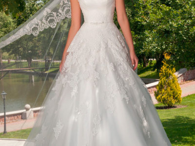 "Wedding Dress ""Liya"" by Oksana Mukha R 13 243 20% Off – (Before Price: R 16 554 )"