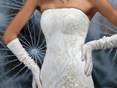 "Wedding Dress "" EDITA "" by Oksana Mukha 45 % OFF – R 12 481 45 % OFF – (Before Price: R 22 692 )"